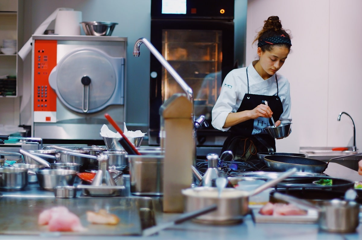 How to work as a Chef in Japan